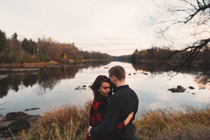 engagement session at mississippi mills conservation area